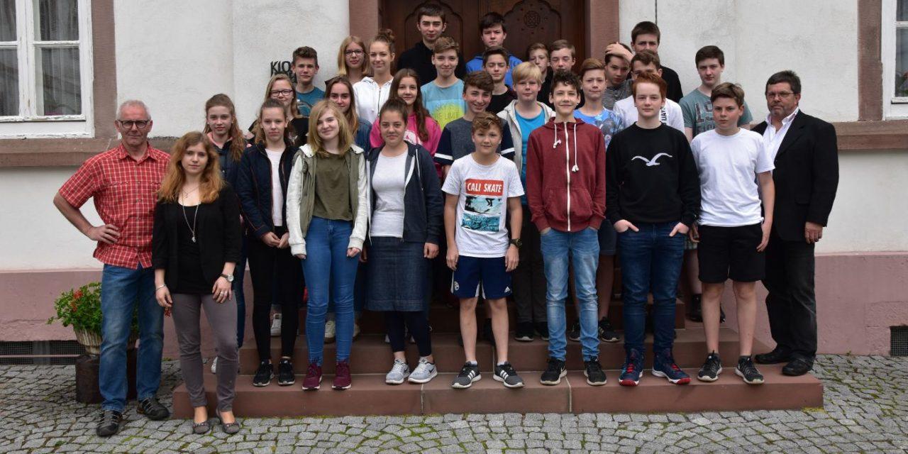 Schüler/-innen der Brede zu Besuch bei ESM